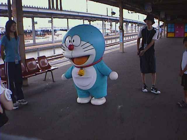 函館駅 構内のドラえもんと ドラえもんハウス